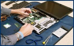 Top 9 địa chỉ sửa laptop uy tín HCM bạn nên biết