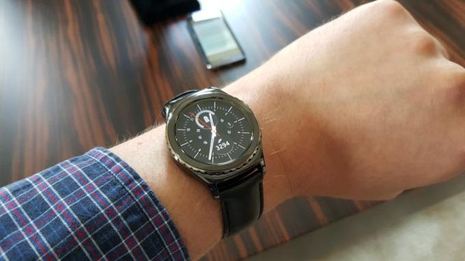 Đánh Giá Chi Tiết Đồng Hồ Thông Minh Samsung Gear S2 Classic