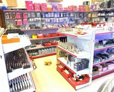 chợ bán dụng cụ nail